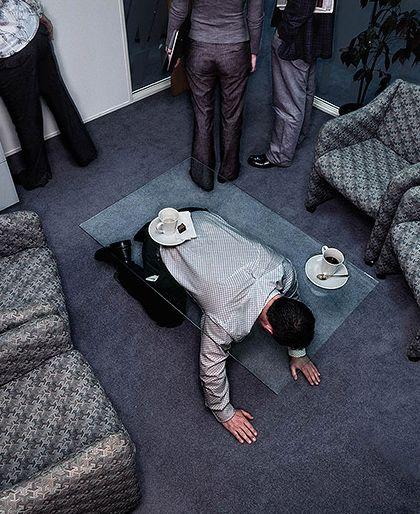 Приколы: Первый рабочий день в офисе (далее еще 3)