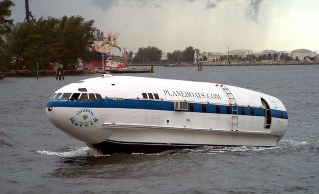 Приколы: Страрые самолеты еще могут пригодиться (23 фото)
