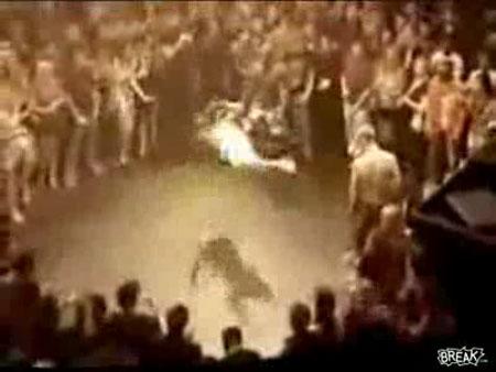 Приколы, Видео: Уличные бойцы