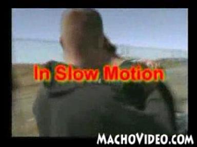 Приколы, Видео: ЭМО прыщь! Это жесть!