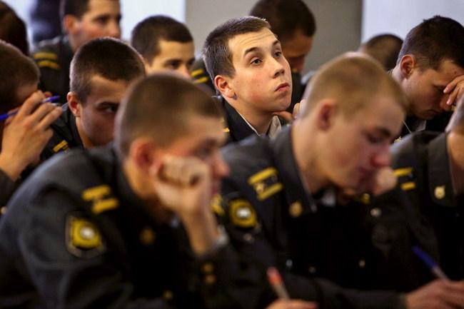Приколы: В гостях в школе милиции (18 фото)