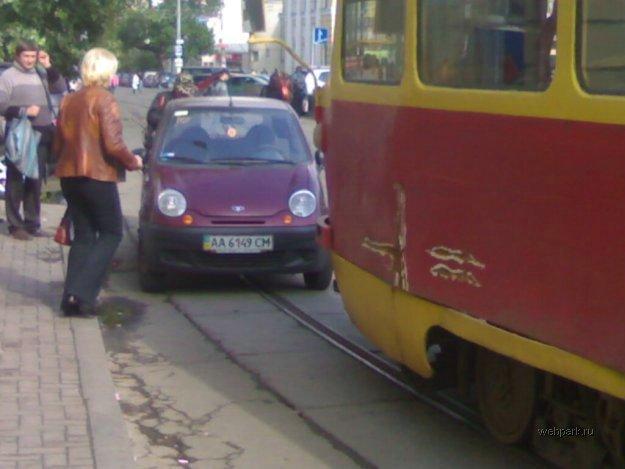 Приколы: Я паркуюсь как идиот))) (8 фото)