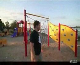 Жесть, Видео: Еще один паркурист без потомства остался