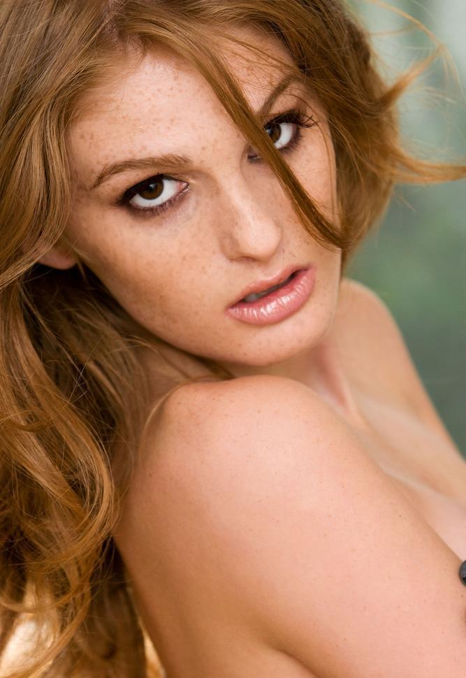 Девушки: Эротическая модель Ариана (26 фото)