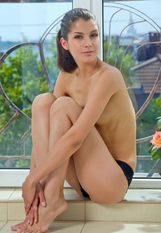 Девушки: Эротическая модель Сабрина (18 фото)