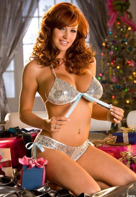 Девушки: Ида любит быть эротической снегурочкой в Новый год (18 фото)