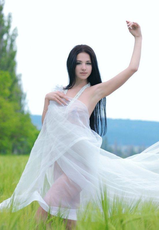 Девушки: Эротическая модель Христя (21 фото)