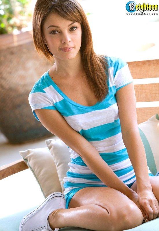 Девушки: Эротическая модель Марианна (20 фото)