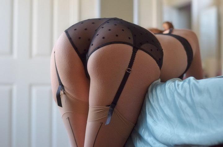 Девушки: Девушки в сексуальном нижнем белье