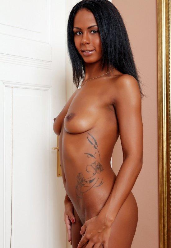 Девушки: Эротическая модель Мария (18 фото)
