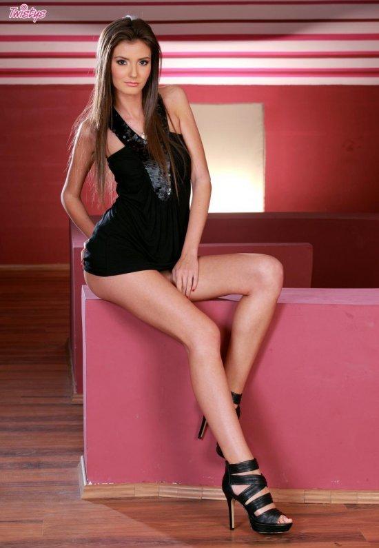 Девушки: Эротическая модель Василиса (15 фото)