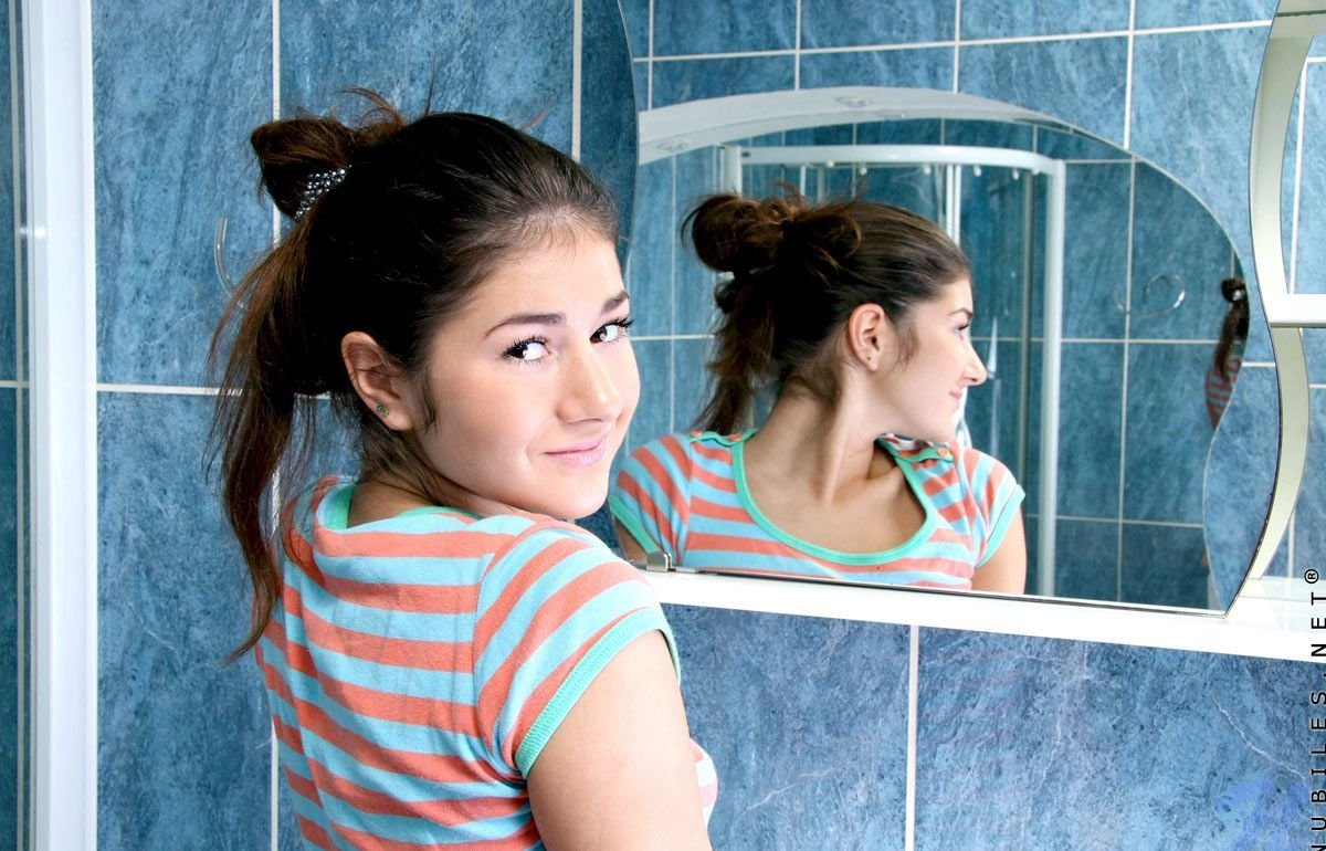 Девушки: Эротическая модель Раиса (15 фото)