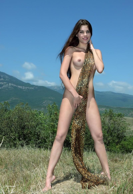 Девушки: Эротическая модель Гульмира (14 фото)