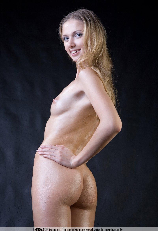 Девушки: Эротическая модель Евдокия (13 фото)