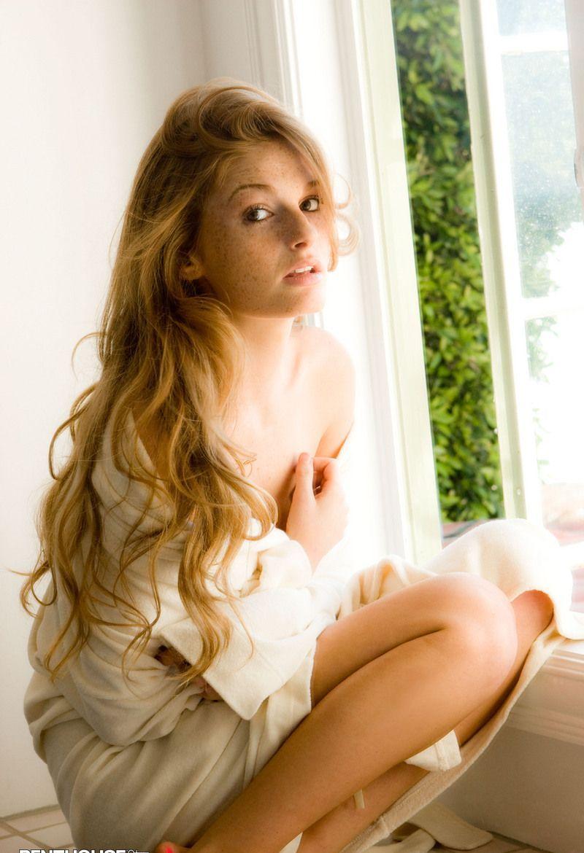 Девушки: Эротическая модель Любовь (17 фото)