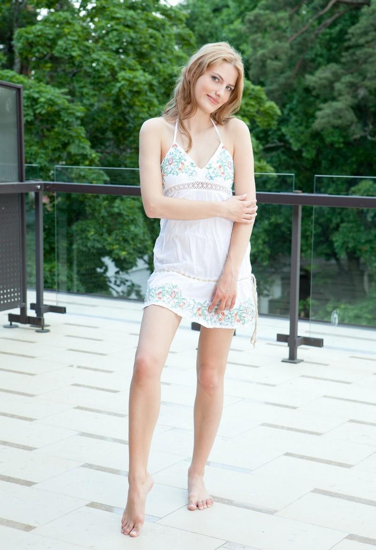 Девушки: Эротическая модель Ольга (20 фото)