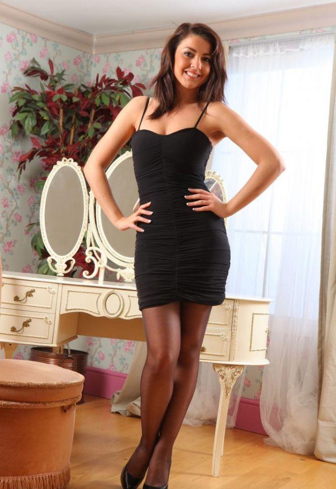 Девушки: Эротическая модель Иванна (16 фото)
