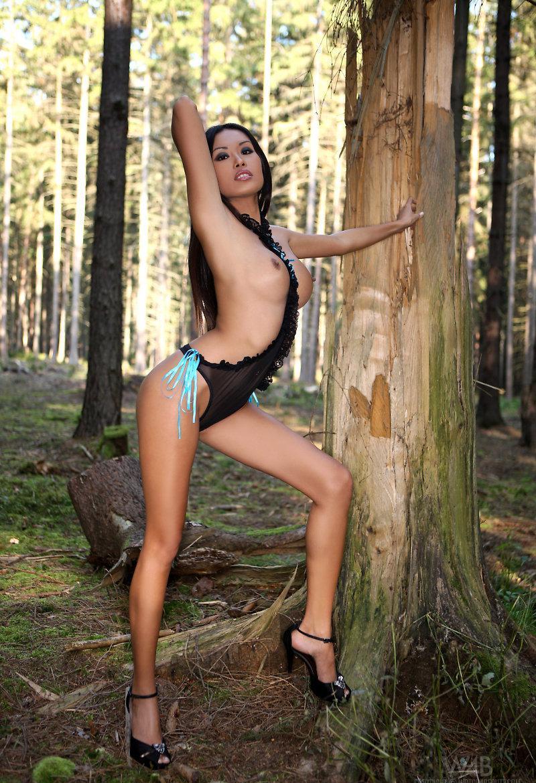 Девушки: Эротическая модель Элоиза (15 фото)