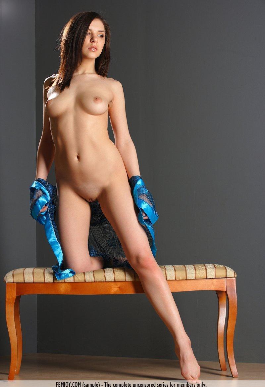 Девушки: Эротическая модель Валерия (13 фото)