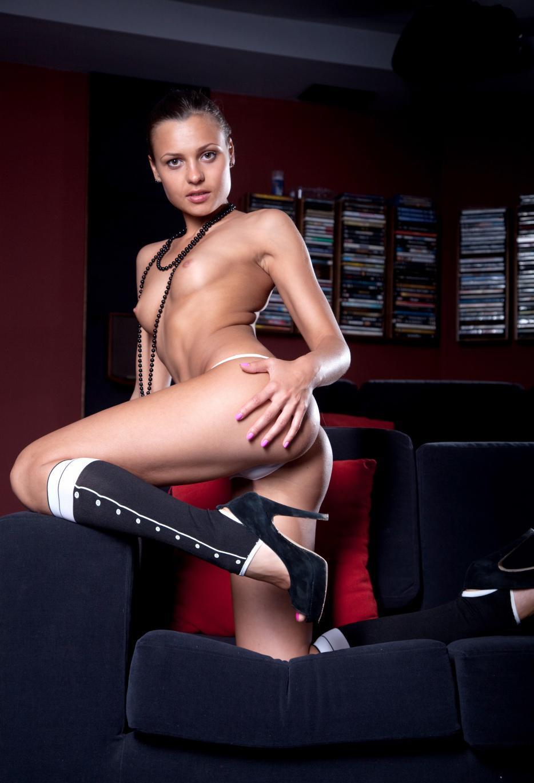 Девушки: Эротическая модель Анита (15 фото)