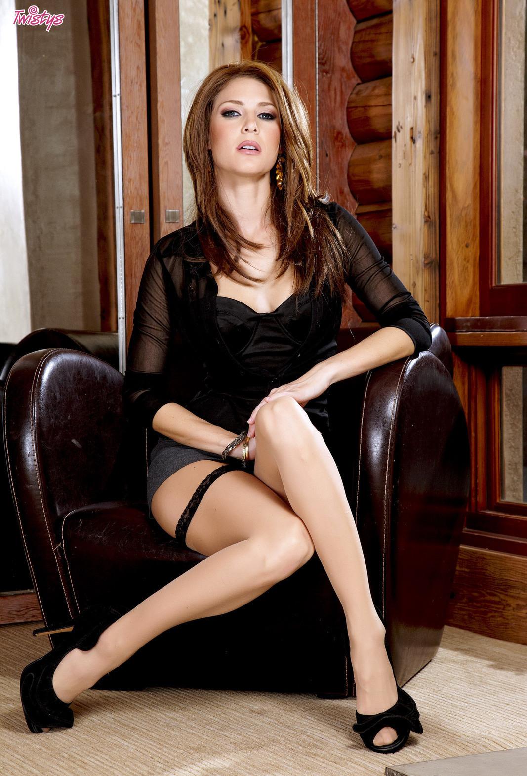 Девушки: Эротическая модель Диана (18 фото)