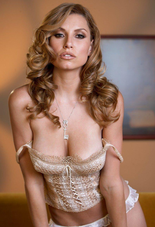 Девушки: Эротическая модель Луиза (17 фото)