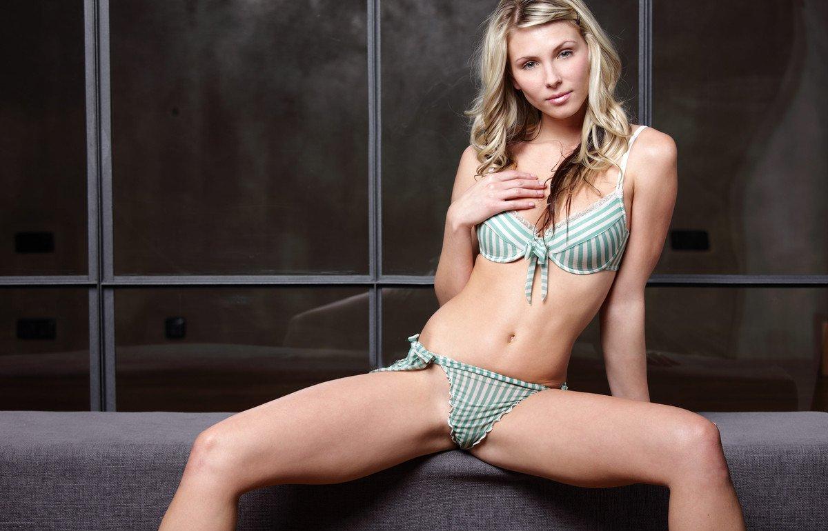 Девушки: Эротическая модель Нателла (22 фото)