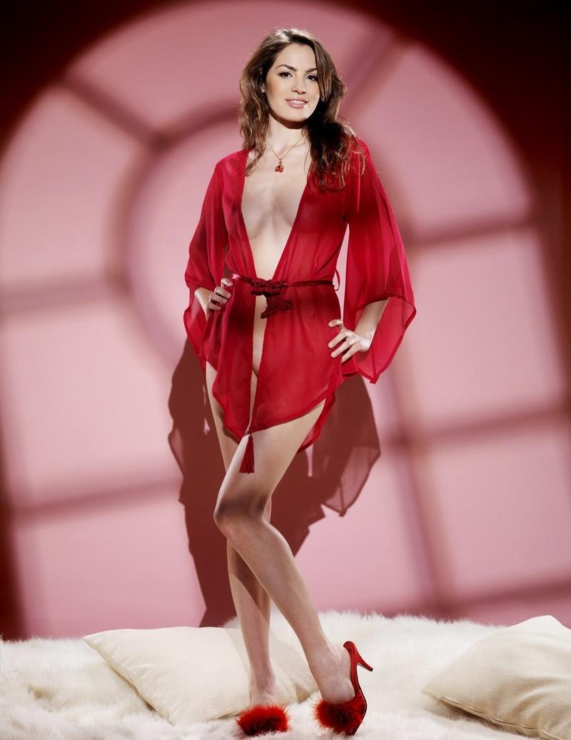 Девушки: Эротическая модель Валентина (12 фото)