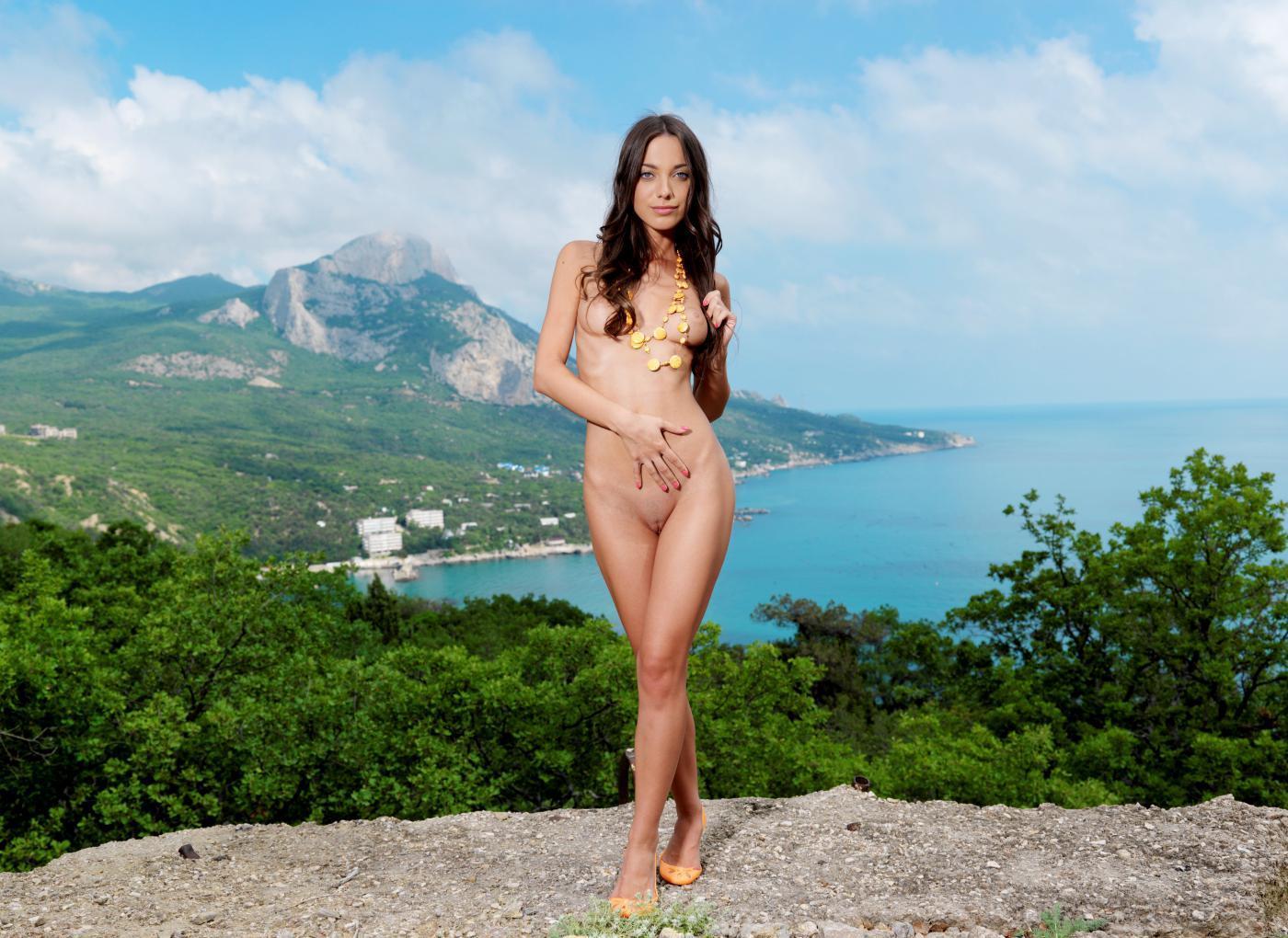 Девушки: Эротическая модель Доминика (14 фото)