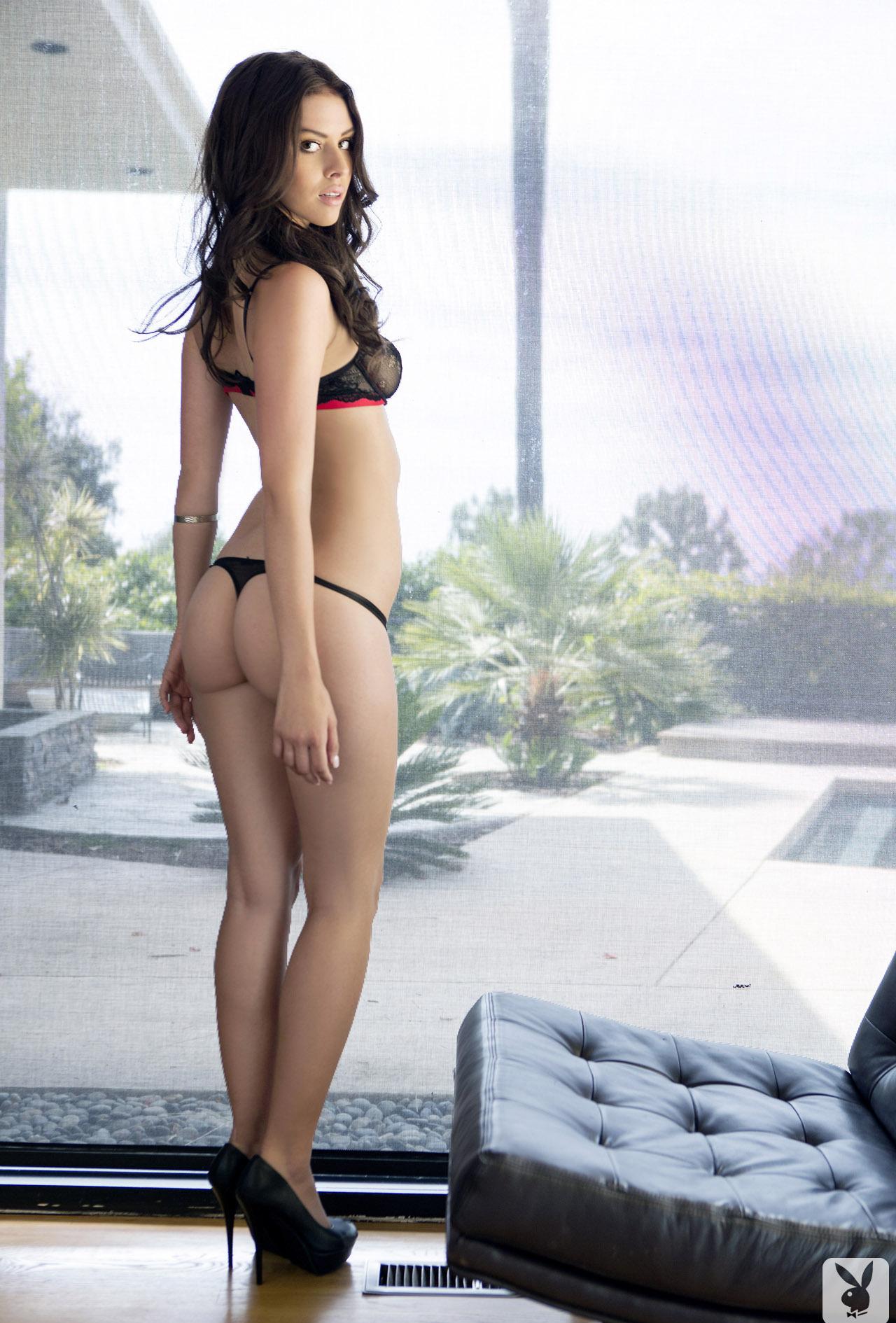 Девушки: Эротическая модель Элла (16 фото)