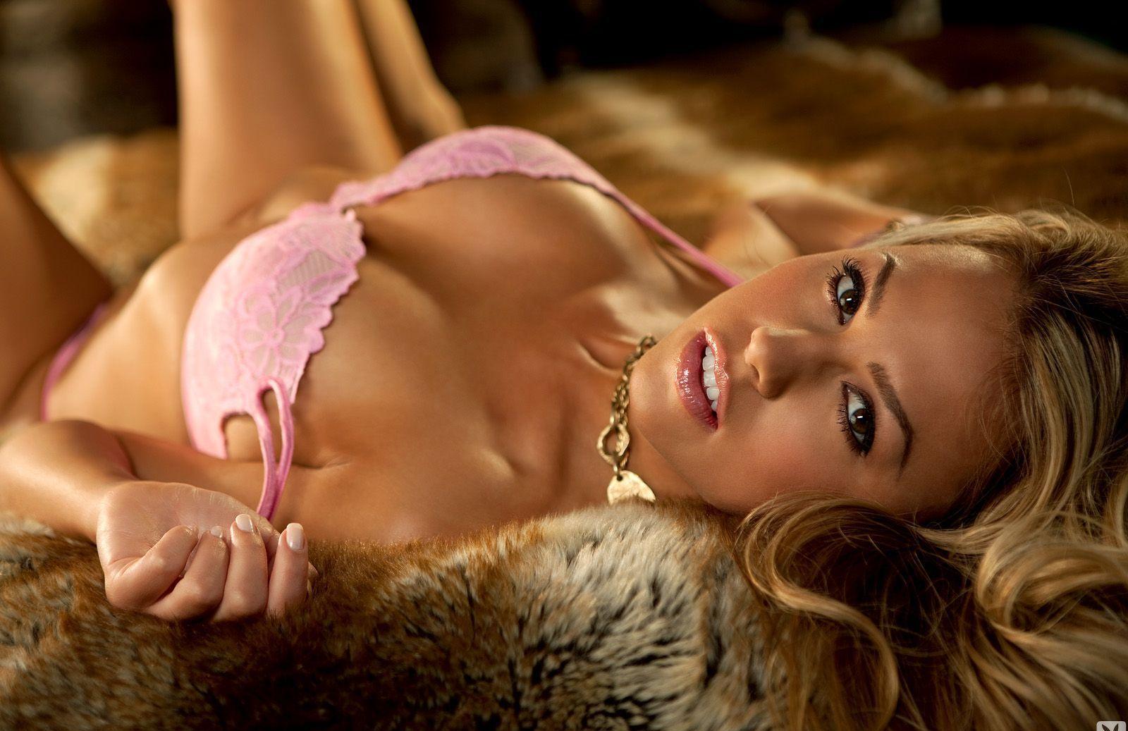 Девушки: Эротическая модель Саида (13 фото)