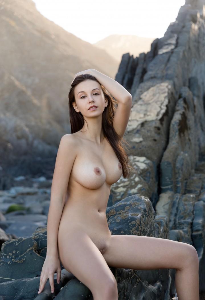 Девушки: Девушки с красивыми грудями (9 фото)