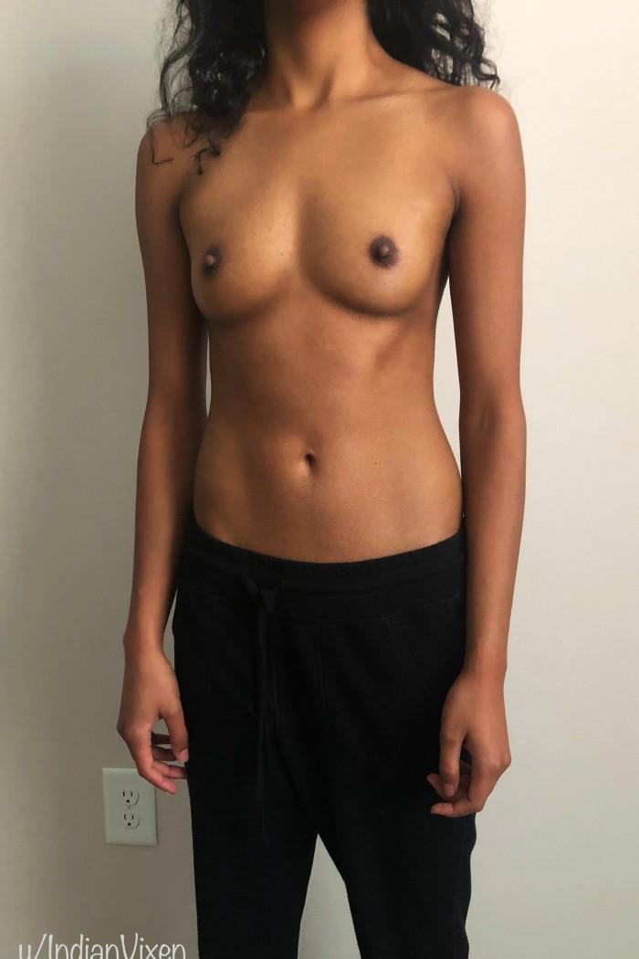 Девушки: Девушки без трусиков (10 фото)